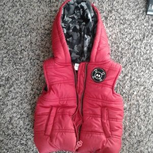 Amy Coe Puffer Vest Red with hoodie